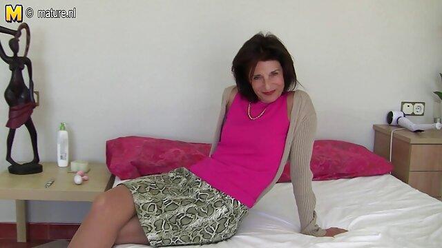 सेक्सी माँ