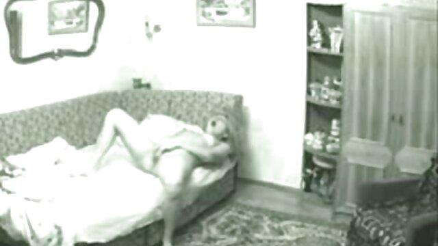 मालिश, एक सेक्सी वीडियो एचडी मूवी संकलित में बिल्ली में एक सुंदर लड़की